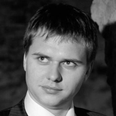 Рекомендую Ольгу, как специалиста по рассылкам с хорошим владением английским языком.